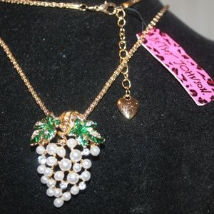 Grape Necklace,  White Pearl & Clear Crystal's
